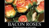 Image funny-bacon-roses-valentine.jpg