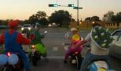 Image funny-real-Mario-Kart-cosplay-street.jpg