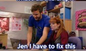 Image funny-IT-Crowd-computer-fixing.jpg