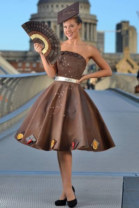 Шоколадное платье