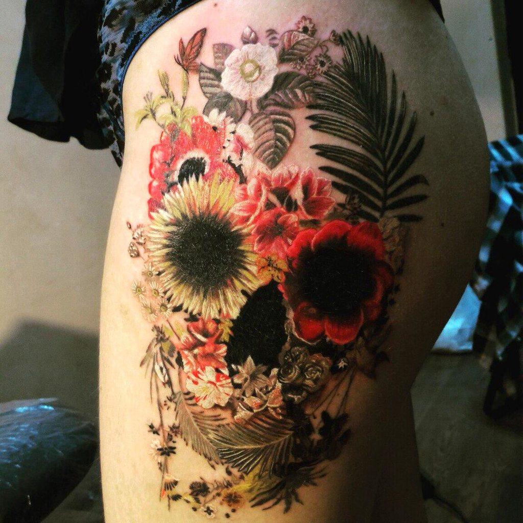 Flowers Skull by Liliya Leelink RandomOverload
