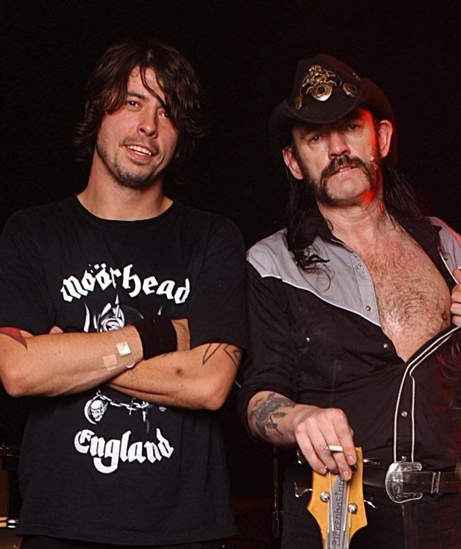 Dave Grohl gets ace of spades tattoo to honor Motorhead's Lemmy's recent death